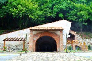 tunnel voyage